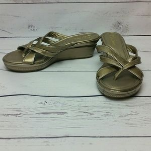 Cole Haan 8.5 M Gold Leather Wedge Sandals GUC